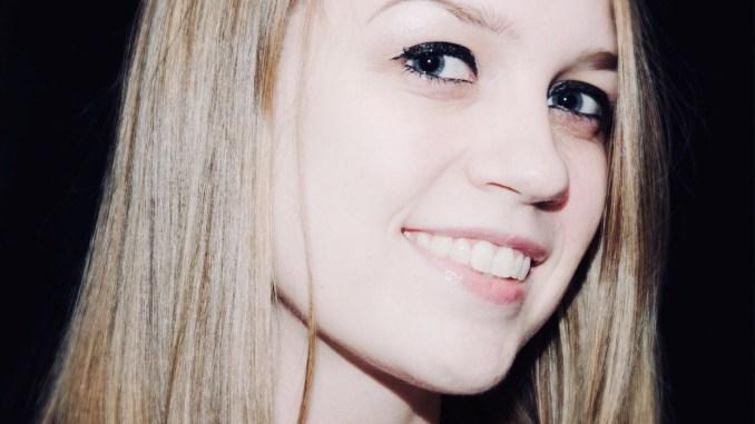 Anna Everette