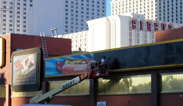 Westward Ho, Las Vegas - closing night November 25, 2005 - Removal of Ho Dog Sign