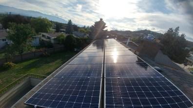shingle-roof-solar-array