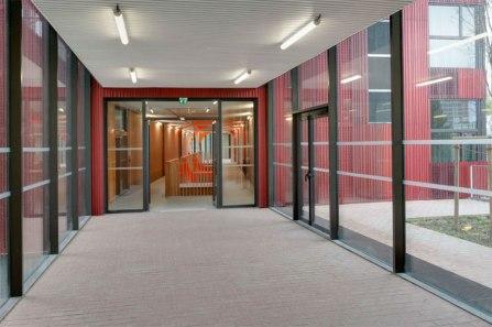 mikou-studio-high-school-jean-lurcat-near-paris-designboom-09