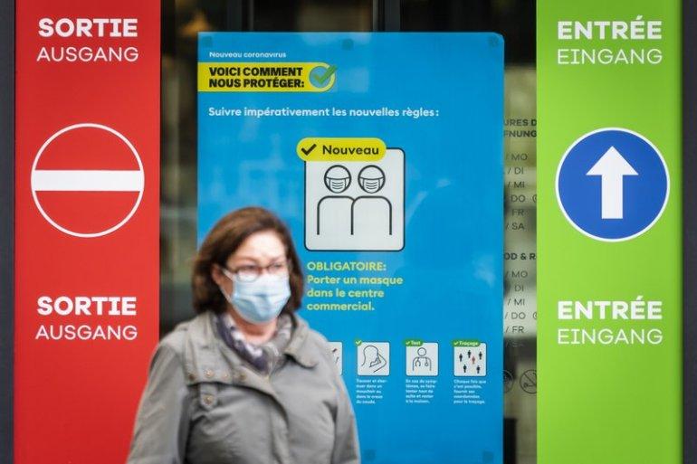 美军战机空优挂载巴士海峡刚刚亮相,空中炮艇也来凑热闹,叫板解放军两栖登陆目的明确