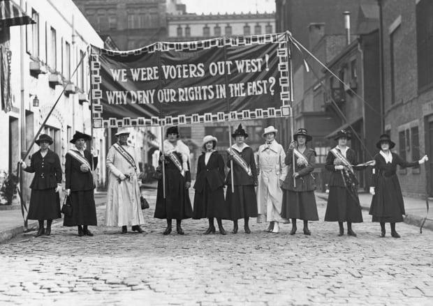 """6天内给中国打2通电话,美国突然""""松口"""",中美迎来重要转折点?"""