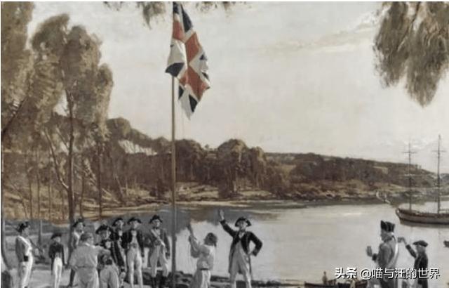 中國055戰艦接近阿拉斯加,美國戰艦貼身監視!事後美方卻刪照片