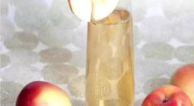 Apple-crisp-cocktail-638x350