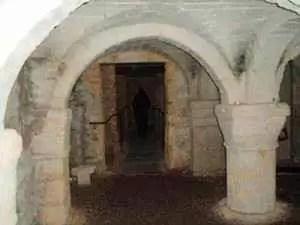 05-cripta