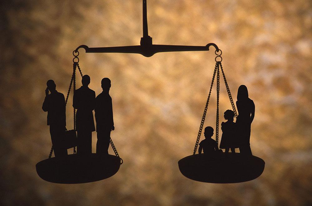 352 صك ولاية صدر من وزارة العدل