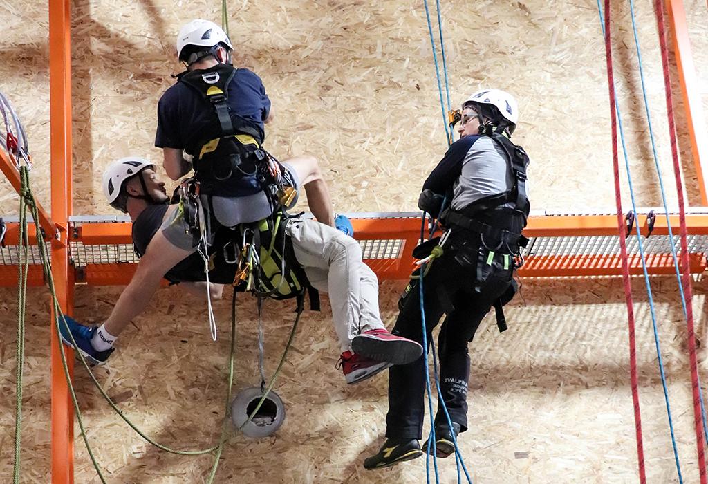 IRATA level 2 rope access training in IQTC