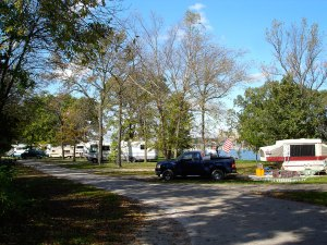 Illini State Park – hiking, camping, cabin rental