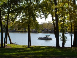 Illinois River – boating, fishing