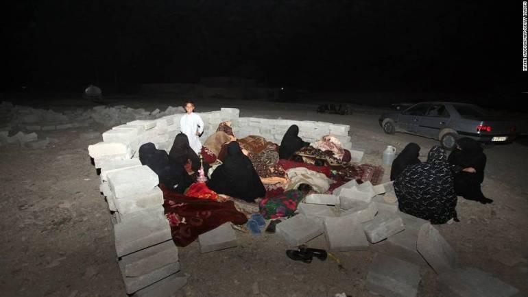130417092826-07-iran-earthquake-0417-horizontal-large-gallery