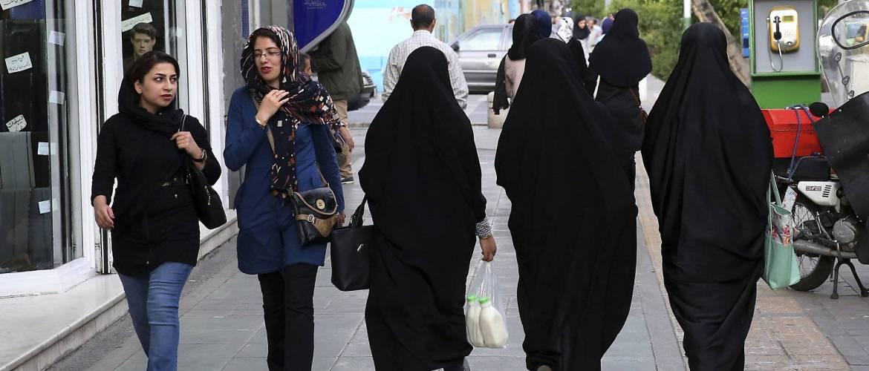 Hijab protest Iranian women