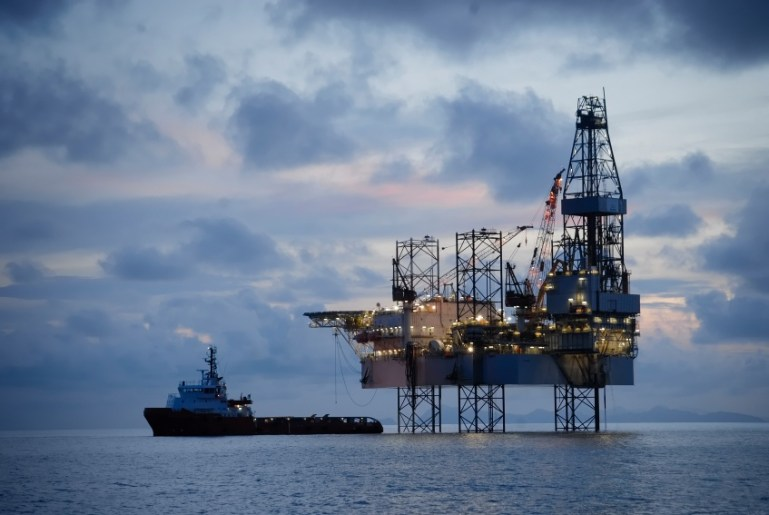 offshore_oil_drilling_100515