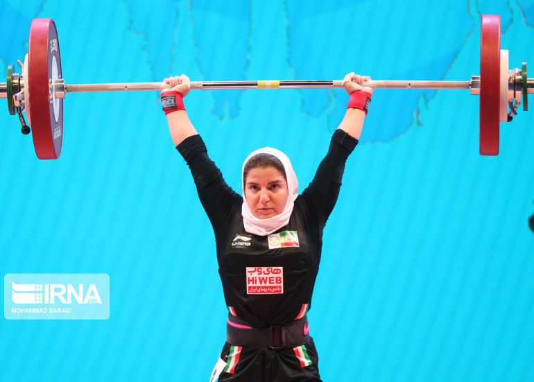 Iranian-woman-weightlifter-Poupak-Basami