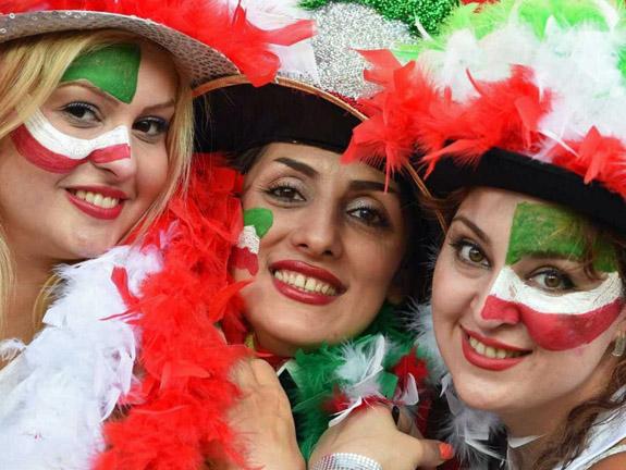 Iran Politics Club: Iranian Soccer Babes, Persian Football