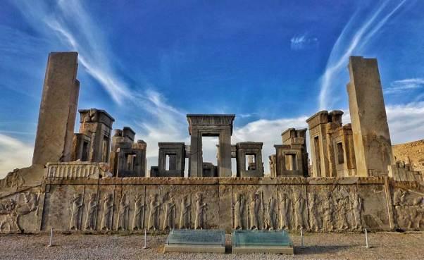 Persepolis.jpg (1024×627)