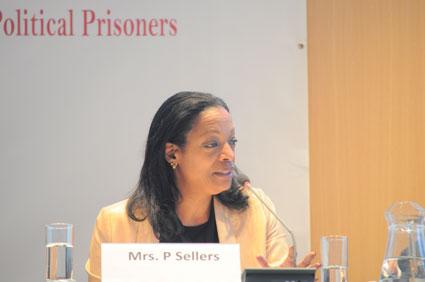 Patricia Viseur Sellers(US)