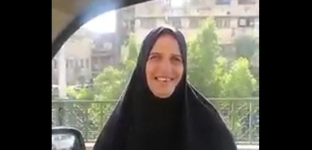 بائعة المناديل، رمز الغيرة العراقية