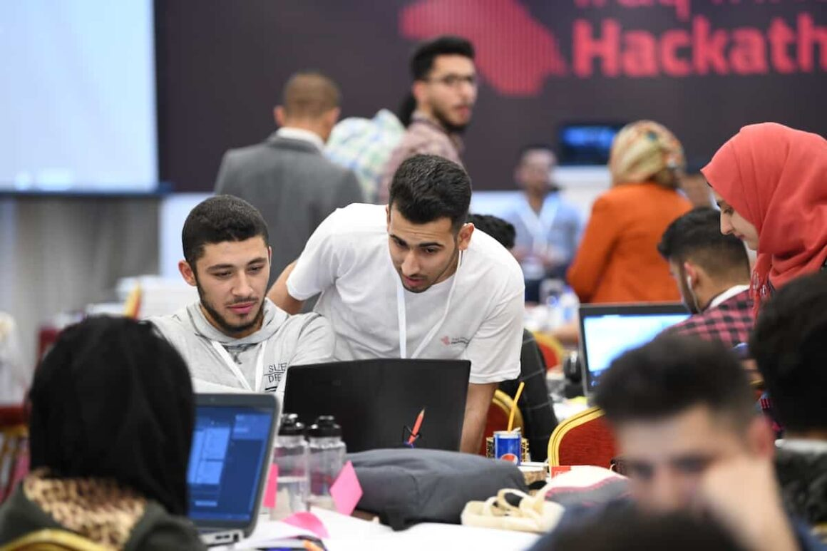 Mentoring during a hackathon in Iraq
