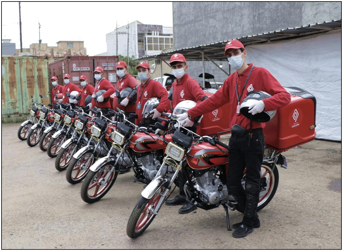 Lezzoo delivery men on bikes