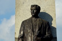 Richard Kissling's bronze rendering of Rizal in his work Motto Stella