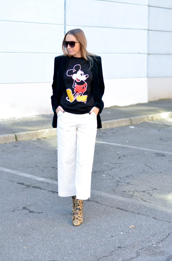 Style of the day - how to wear a Mickey mouse t-shirt.