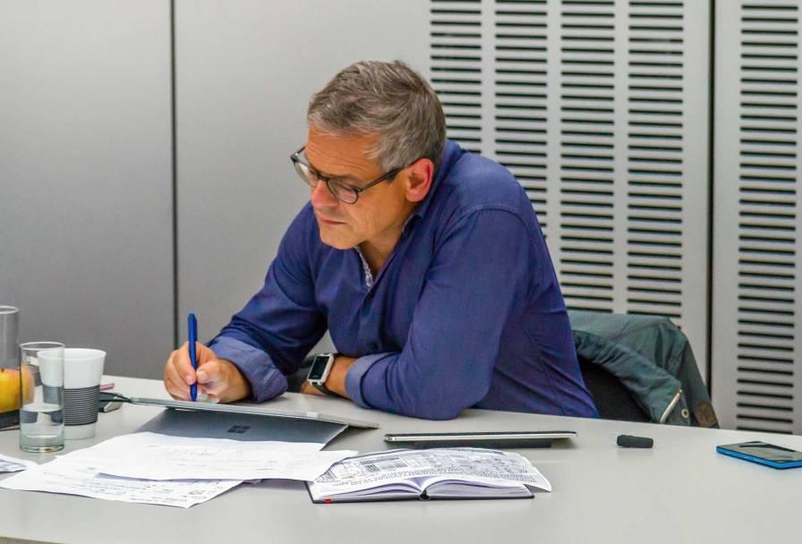 Wolfgang-Irber-beim-Live-Sketching