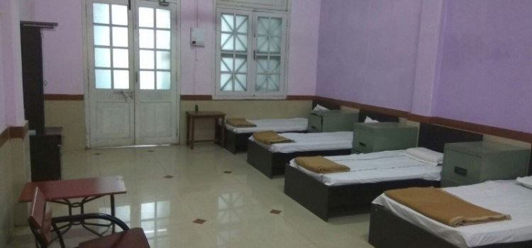 Book All Type Retiring Rooms Surat Railway Station
