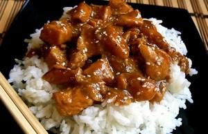 Pollo frito crujiente con semillas de sésamo