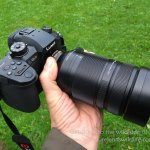 Panasonic Lumix GH5 and Leica DG Vario-Elmar 100-400mm in the hand