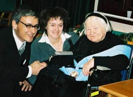 Irena Sendler with Marcin Mierzejewski_6110710939_o