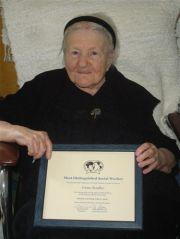 Irena receives an award in 2007_6110710219_o