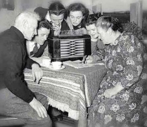 gather round the radio1 - gather-round-the-radio