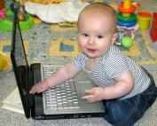 baby social media expert computer - Blog