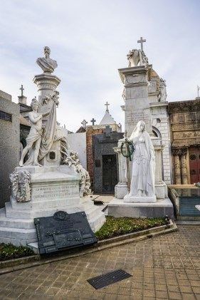 Recoleta-Cemetery-11