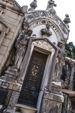 Recoleta-Cemetery-34