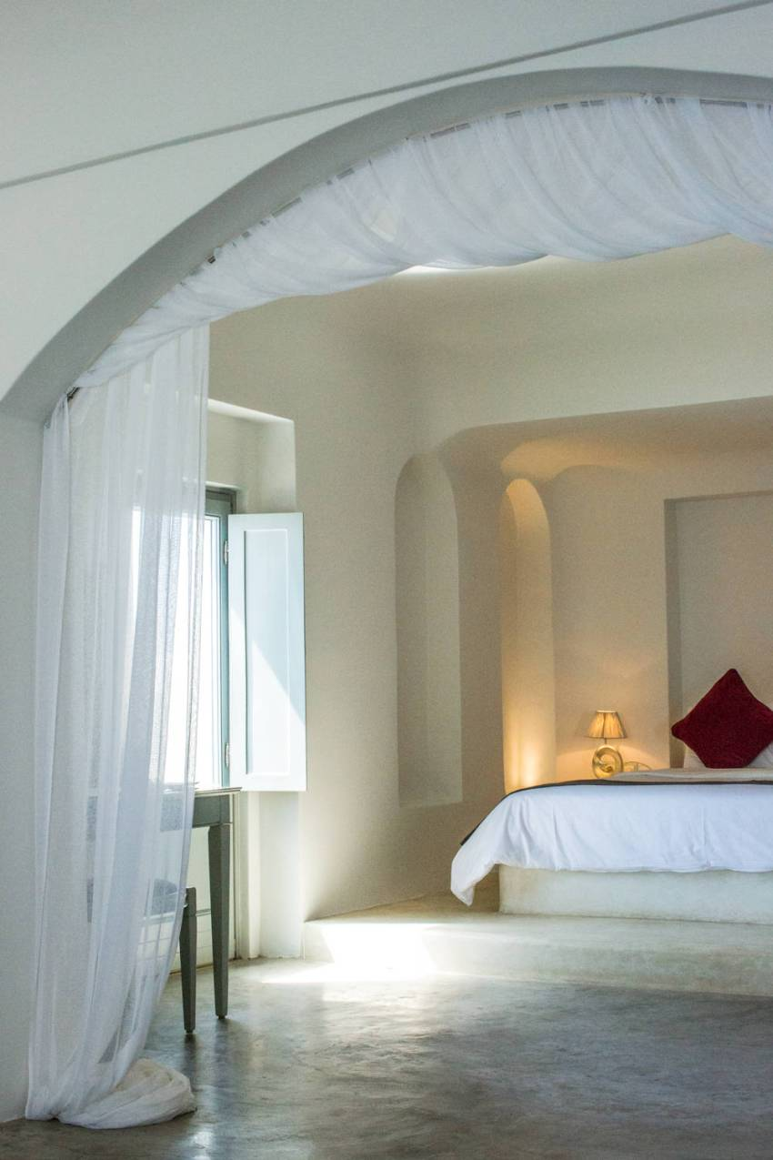 Andronis-Luxury-Suites-Santorini-4