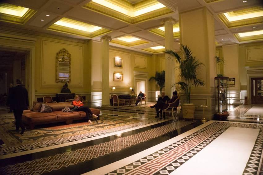Hotel-Grande-Bretagne-23