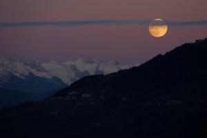 Opkomst Maan Bergen Oostenrijk