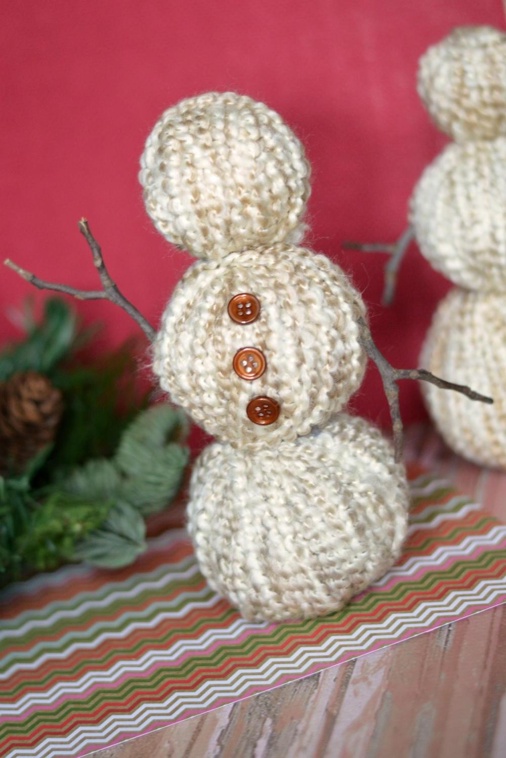 DIY Yarn Wrapped Snowman
