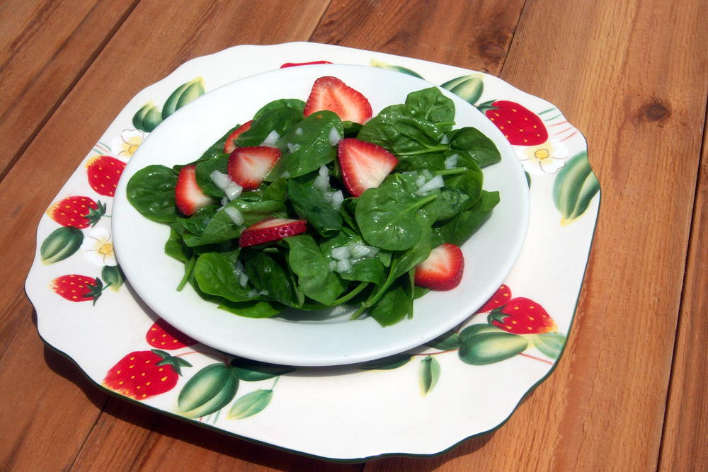 Strawberry Spinach Salad | EverydayDiabeticRecipes.com