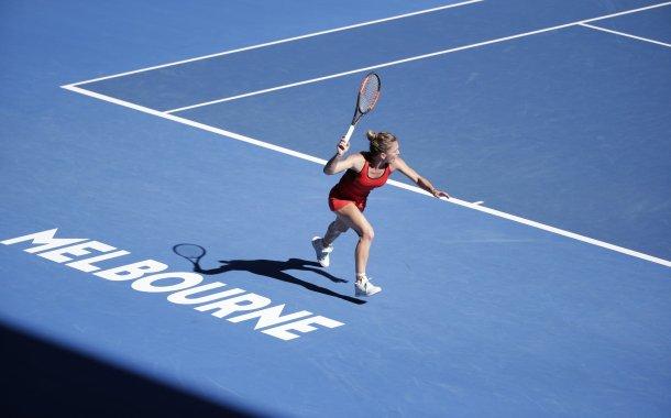 Tenis: Simona Halep, Sorana Cîrstea şi Ana Bogdan, în turul doi la Australian Open