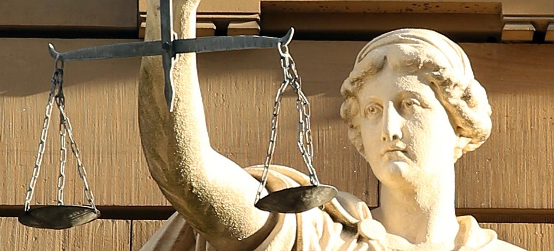 Justitia, Symbolbild für Recht und Gerechtigkeit