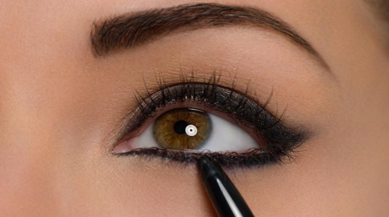 Comment faire des yeux de crayon et joliment et magnifiquement - recommandations en étapes
