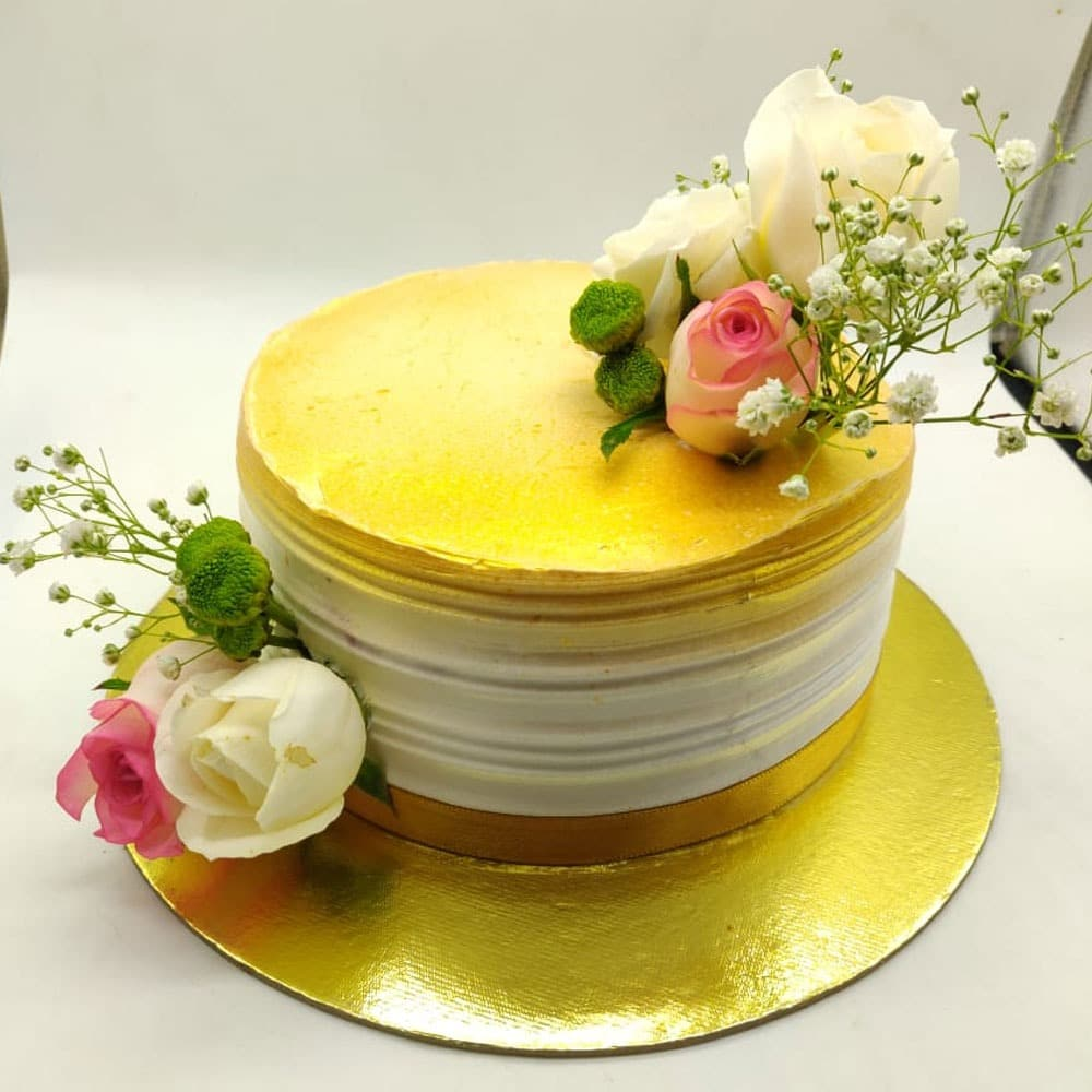 Nature Touch Cake