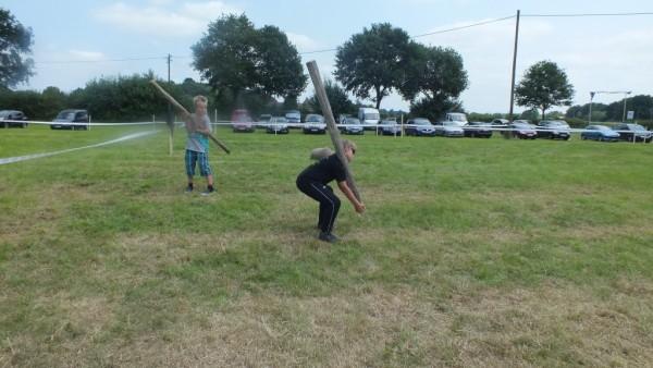 Baumstammwerfen