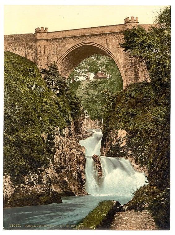 Poulaphouca Falls - Pictures of Ireland