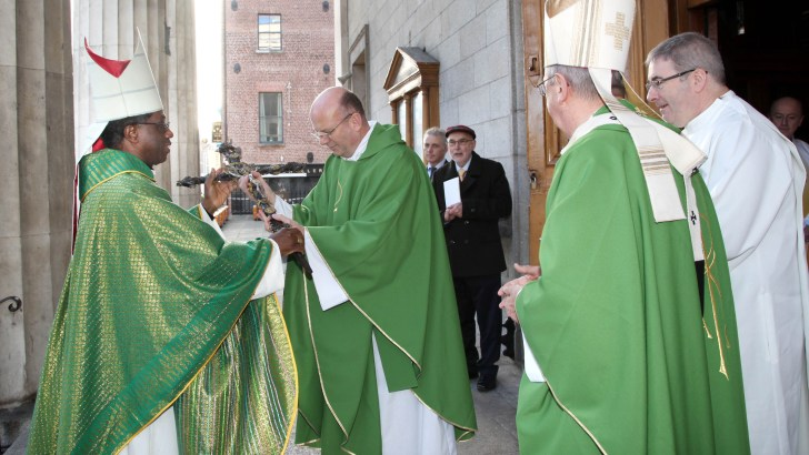 Liturgical reception of Papal Nuncio to Ireland