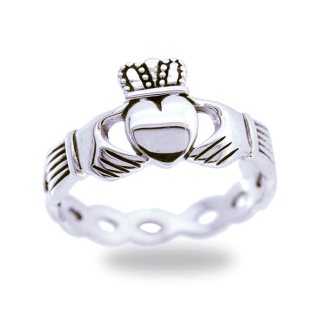 braided_claddagh