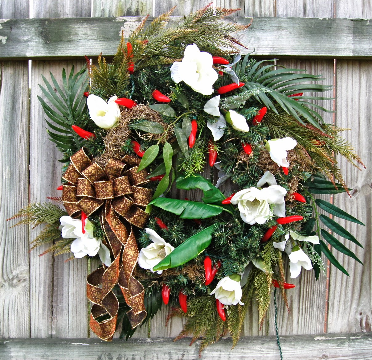louisiana new orleans cajun christmas pre lit wreath red chili pepper string lights magnolias