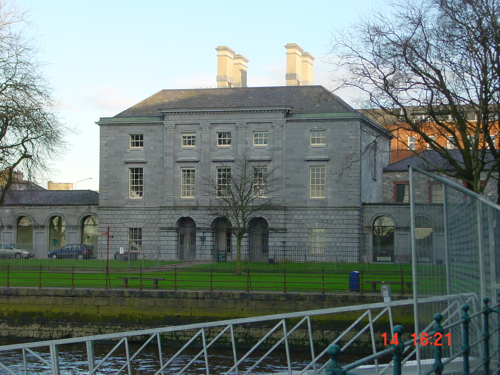 Dukart's Custom House (now the hunt Museum) in Limerick